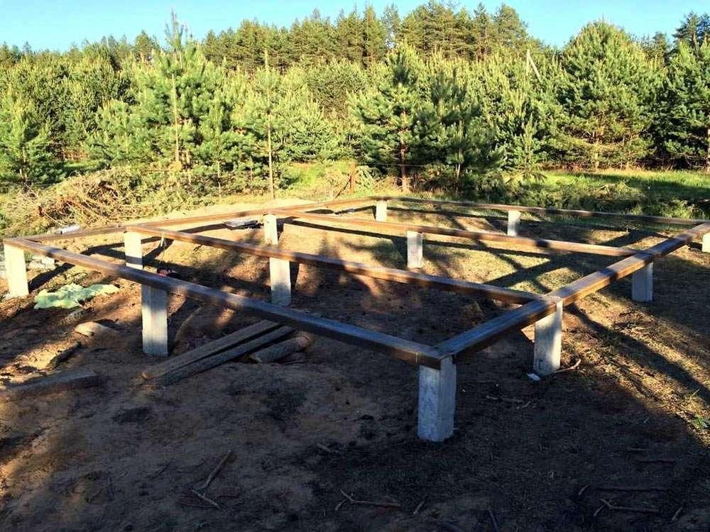 Фундамент из забивных свай под загородный дом